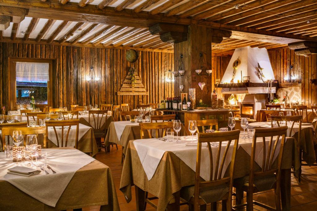 L'ampia sala del ristorante
